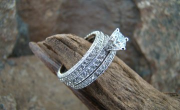 Round Brilliant Engagement Ring with Double Banded Wedding Band