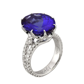 Yael engagement ring blue
